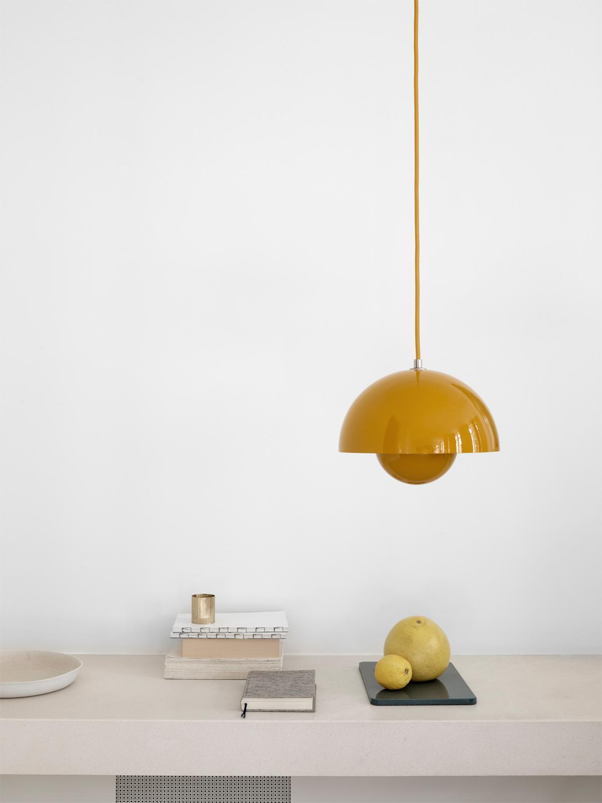 DesignOrt Blog: Die Designwelt von &tradition flowerpot vp1 gelb