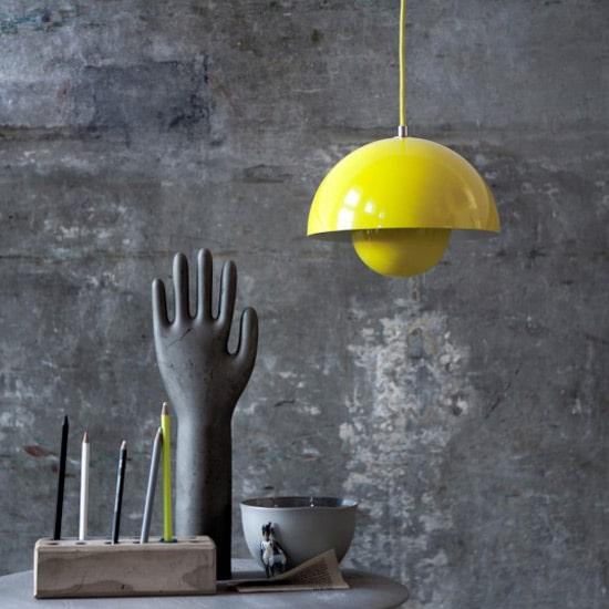 Licht und Farbe in deine Wohnräume bringen mit der Flowerpot Lampe von Verner Panton