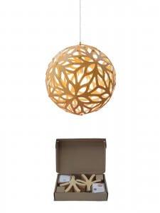 Designerlampen aus Holz mit Verpackung