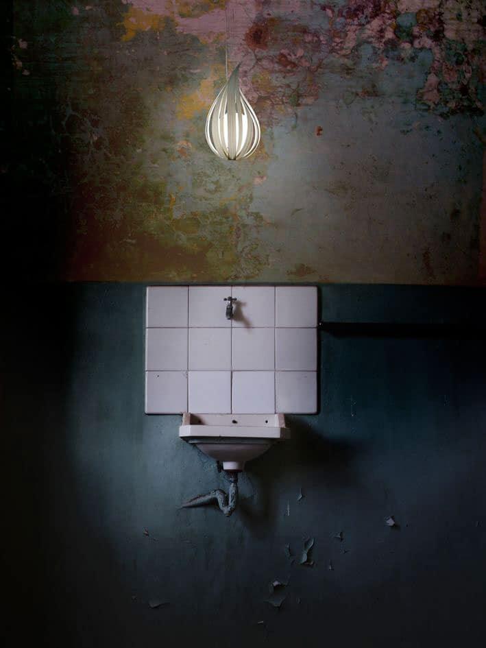 Badezimmerbeleuchtung mit LZF Lamps Raindrop