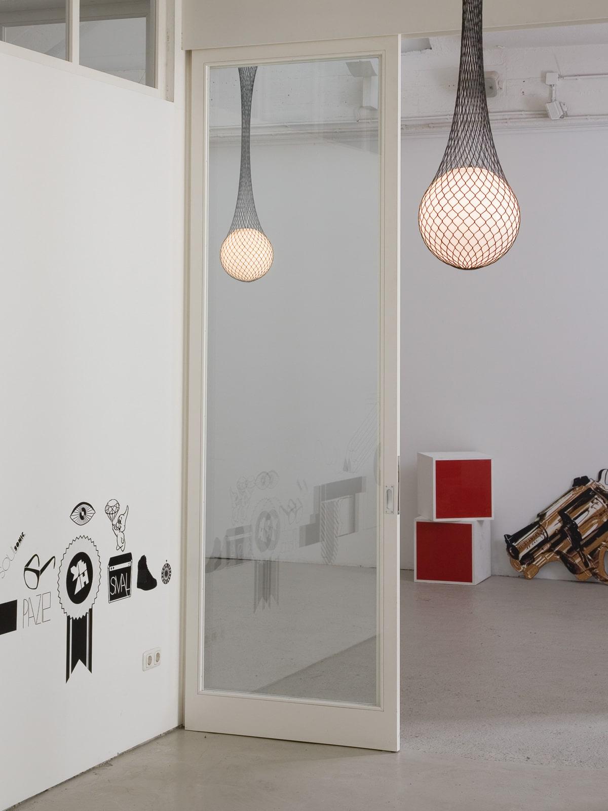DesignOrt Lampen Blog: Die Designwelt von Formagenda Network Pendelleuchte mit Glas und Kunstfasern