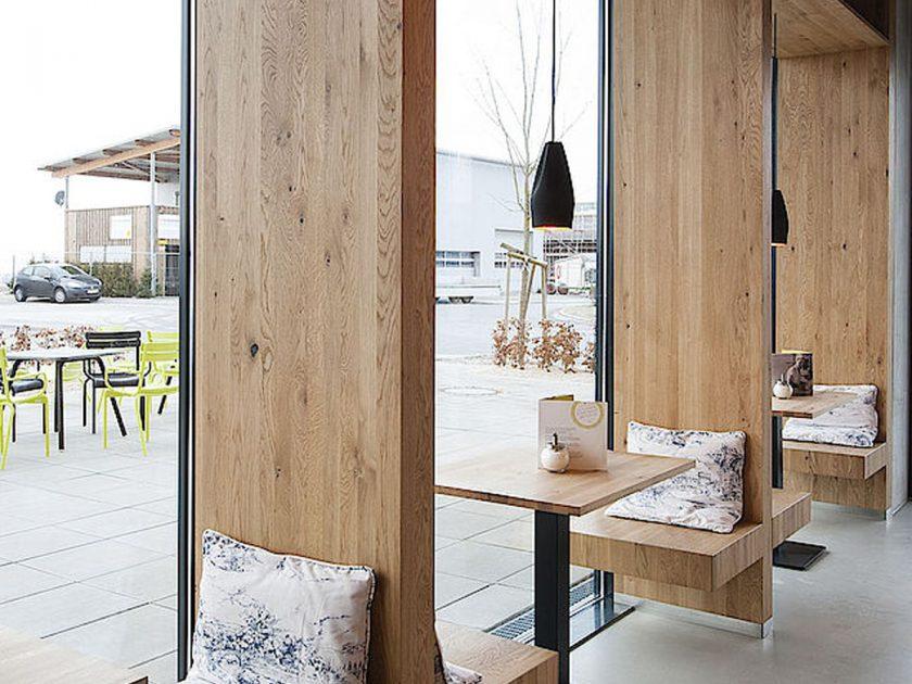 designort lampen leuchten designerleuchten berlin design. Black Bedroom Furniture Sets. Home Design Ideas