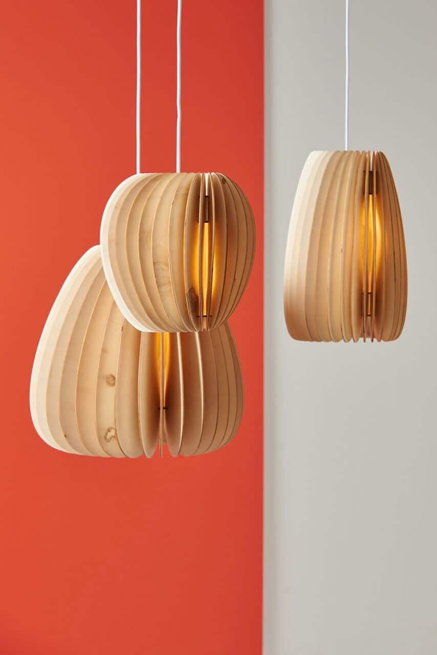 Nachhaltig produzierte Holzleuchten