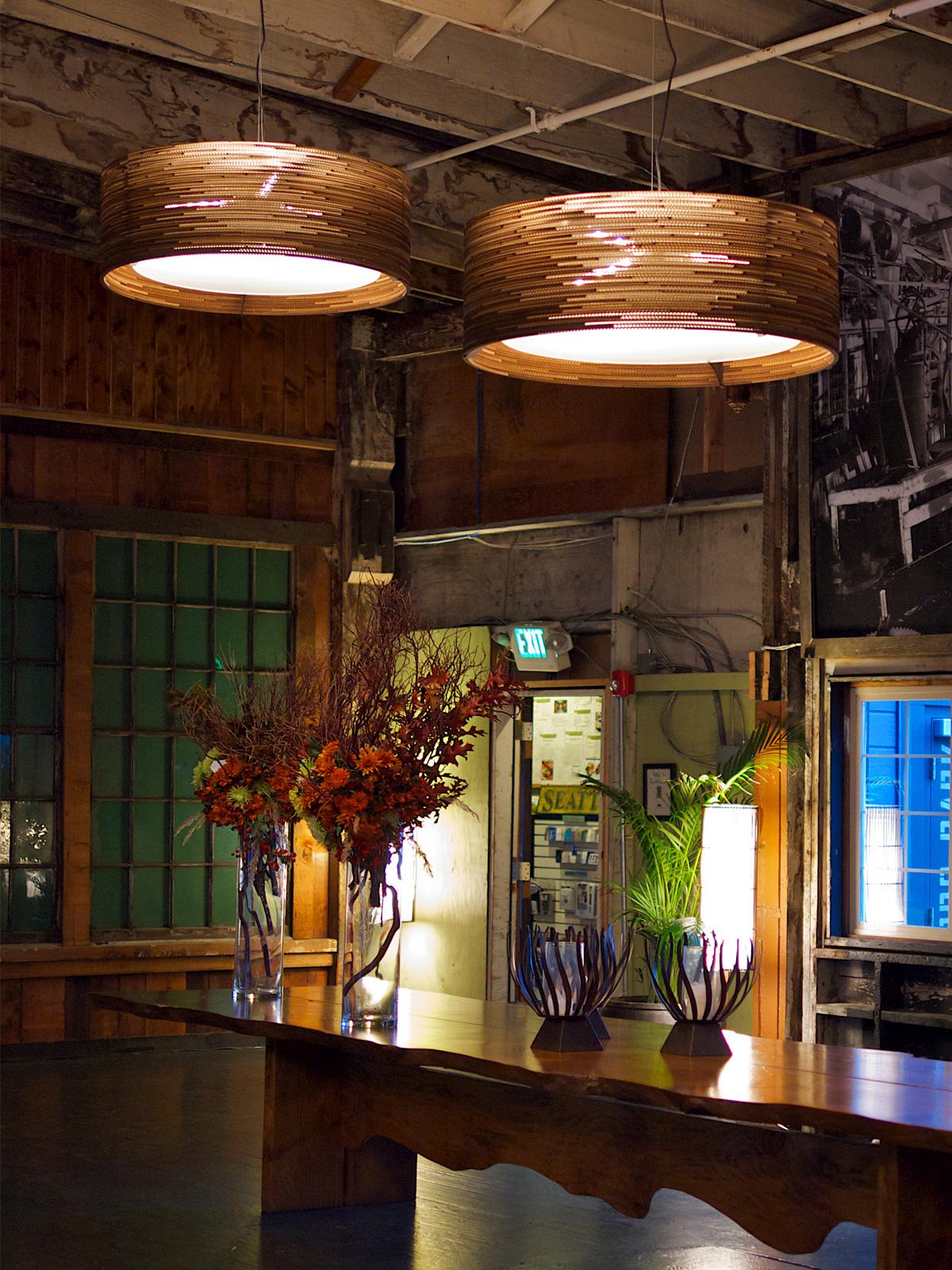 DesignOrt BLog: Trommelförmige Designerleuchten Pendellampen drum Scraplights frame von Graypants