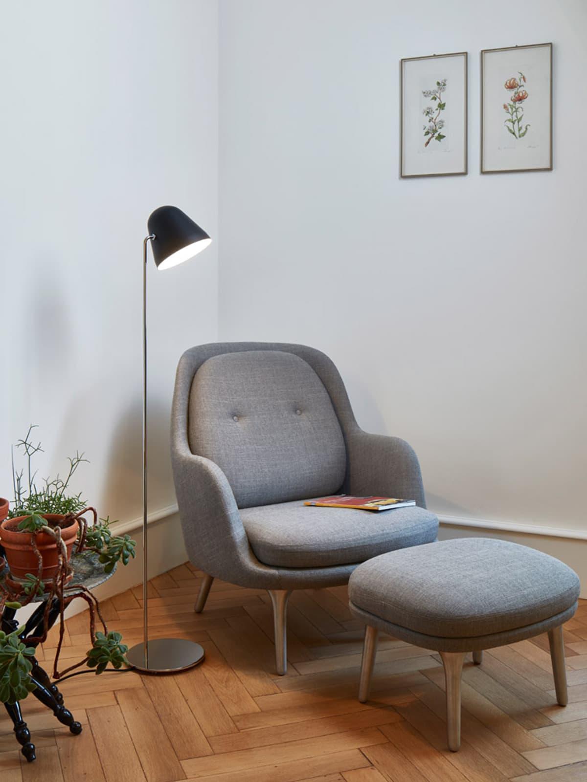DesignOrt Blog: Leselicht NYTA Tilt S Floor Stehlampe