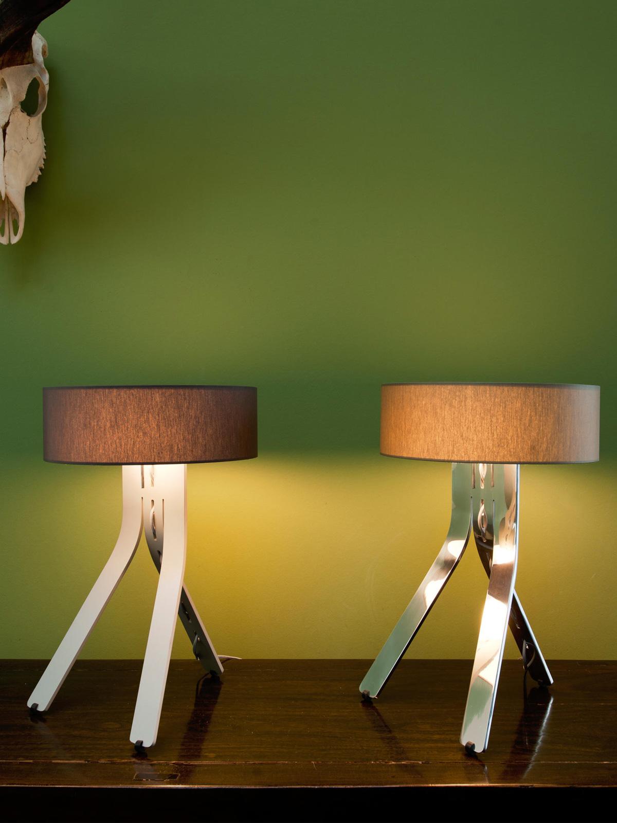 BYOK FINO Tischleuchte DeisgnOrt Onlineshop Licht Leuchten Designerlampen K B FORM