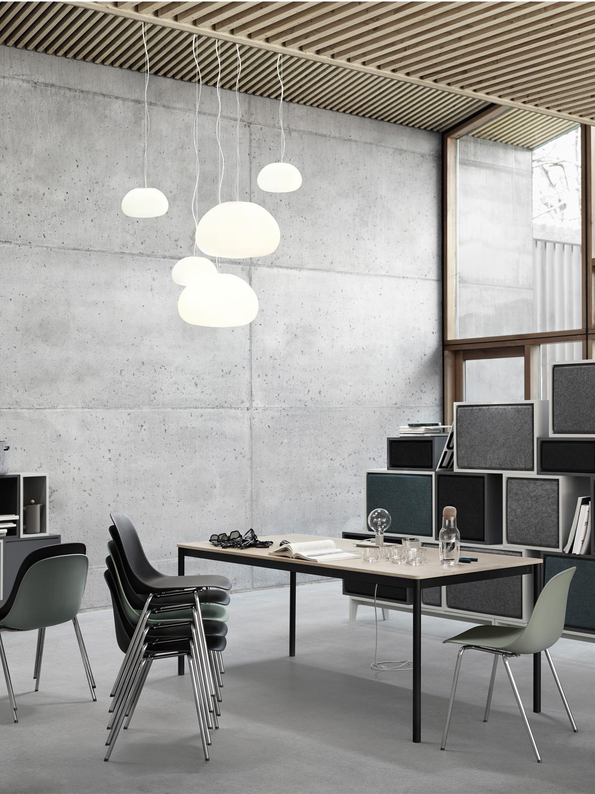 Designerleuchte Fluid von Muuto mundgeblasenes Glas wolkenförmige Designerlampen