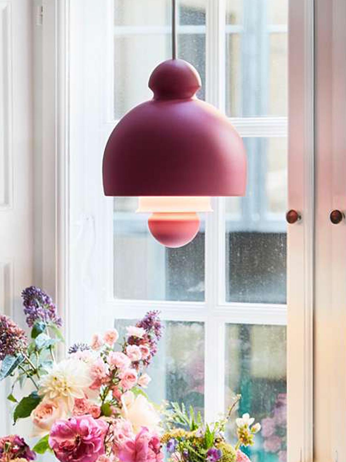 DesignOrt Blog: Designerleuchten in Rot Le Klint Antoni Lamp