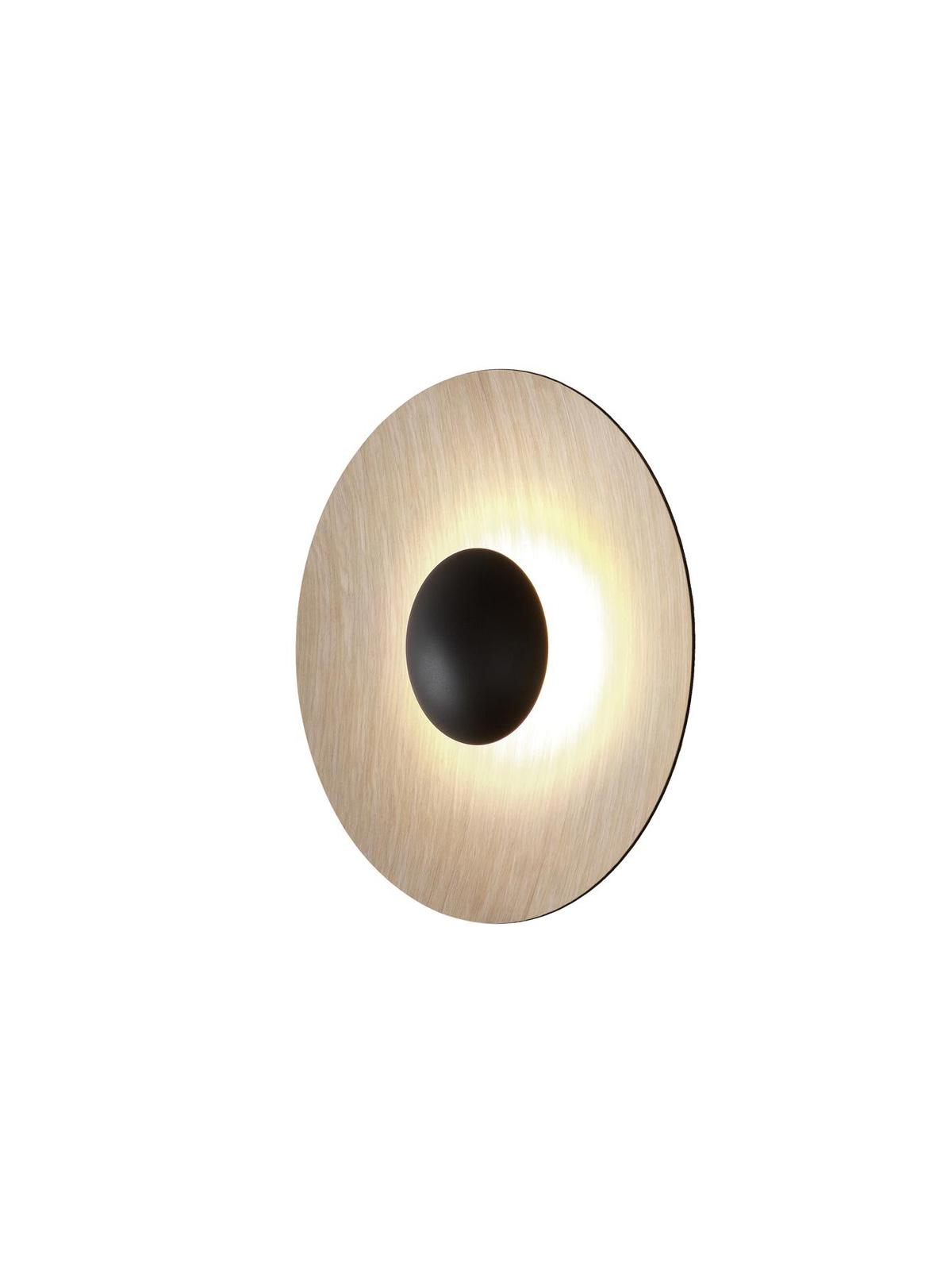 LED Wandlampe Ginger aus Holz von Marset