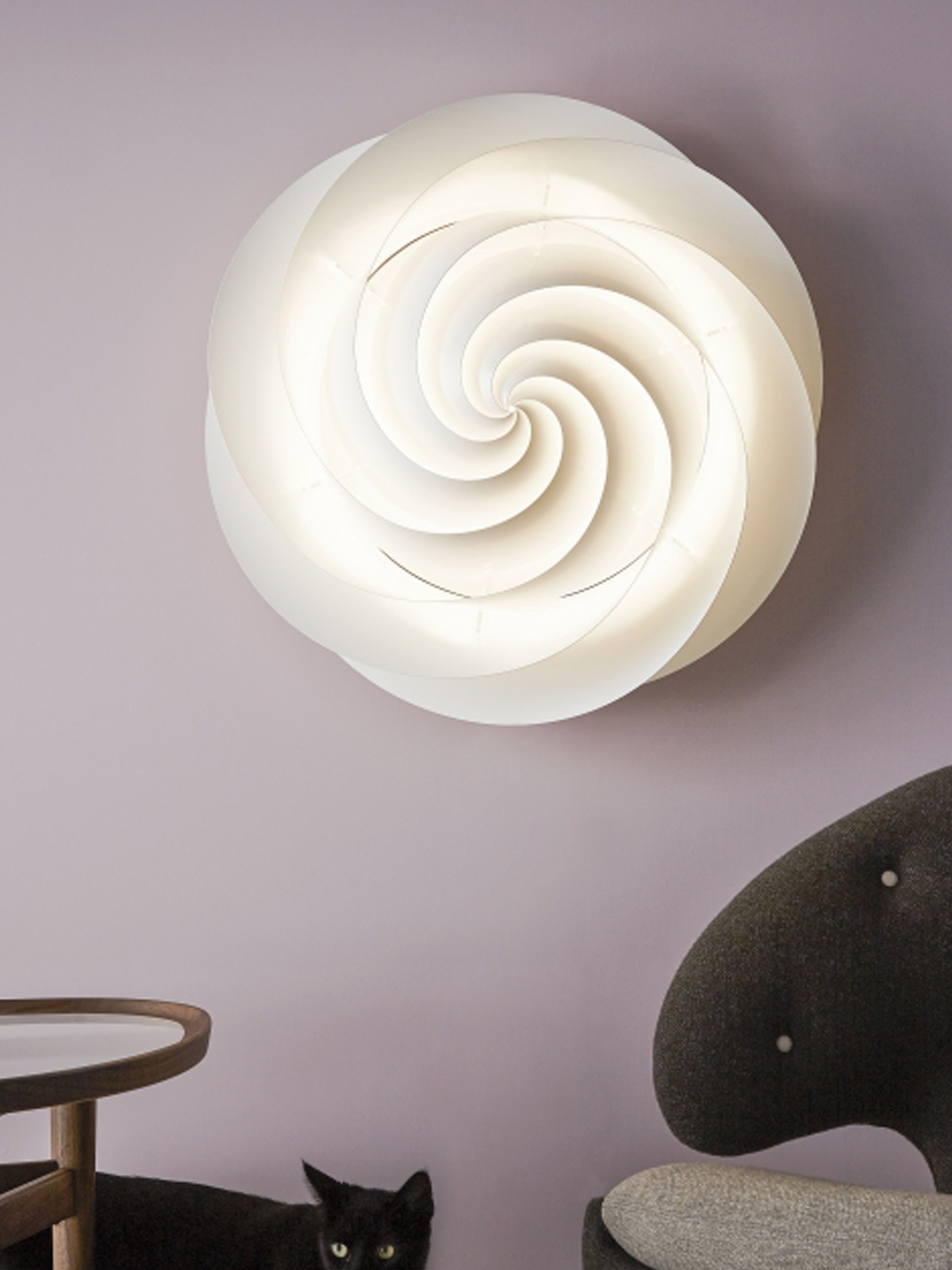 DesignOrt Blog Spin & Swirl - Leuchten in Bewegung - Le Klint Swirl Wandlampe oder Deckenlampe