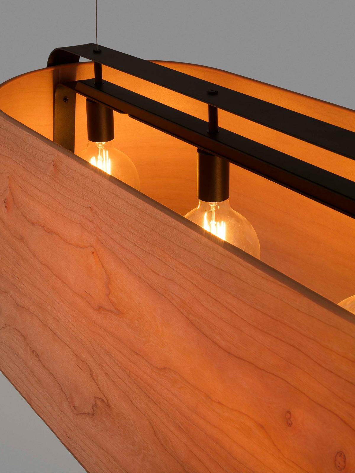 Balkenpendelleuchte Stood Track von Faro mit fünf Leuchtmitteln
