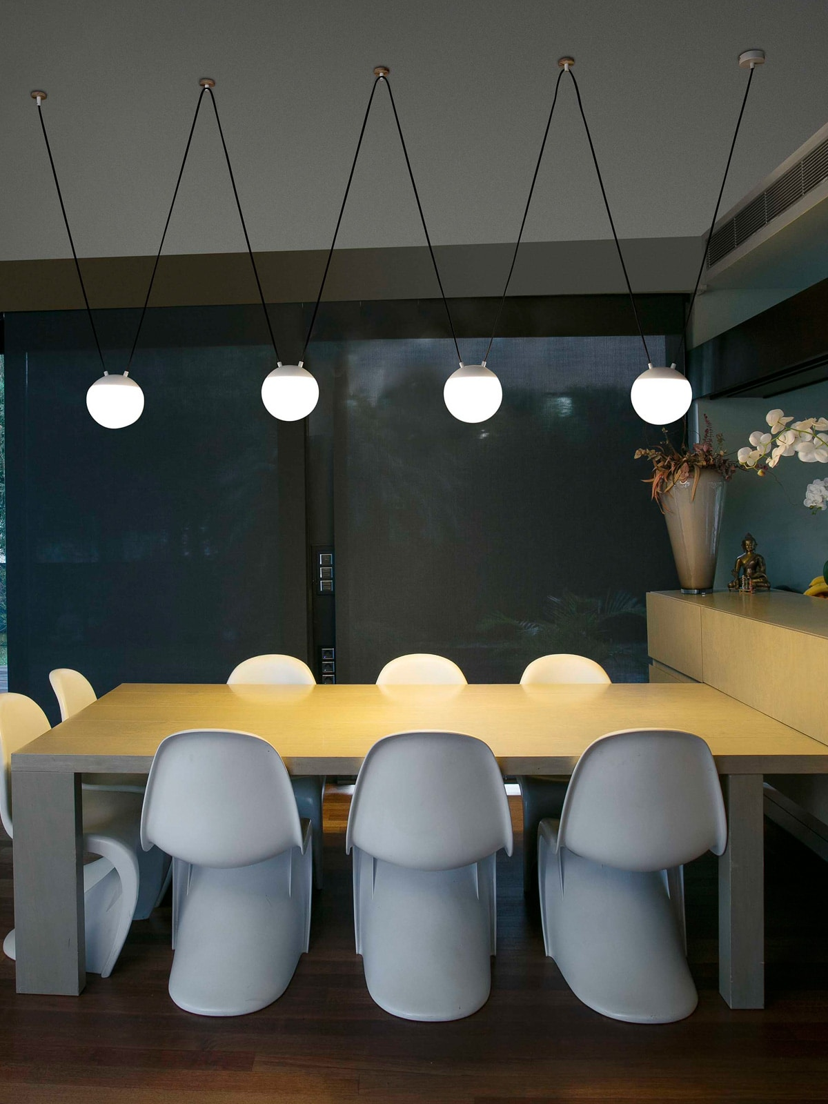 DesignOrt Blog: Designer im Portrait: NahtrangMine Space Pendel Lampe Faro Barcelona