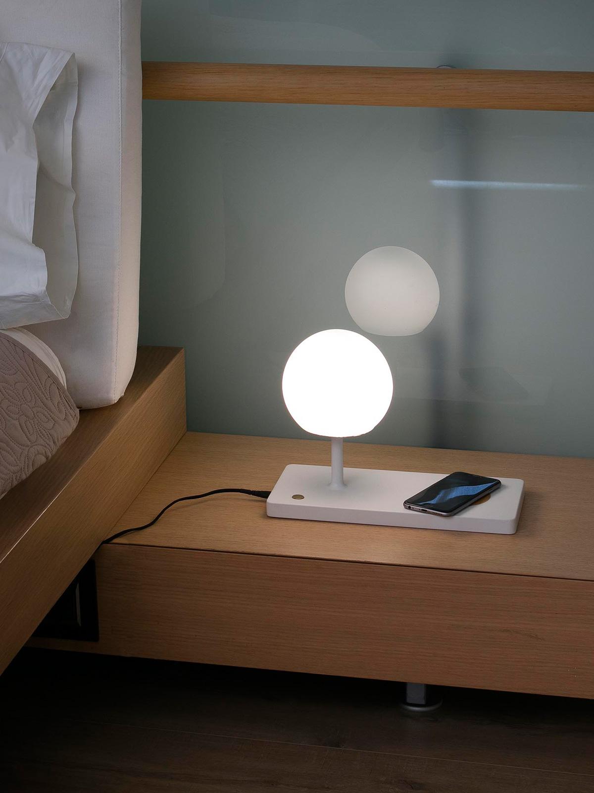 DesignOrt Blog: Multifunktionale Designerleuchten LED Tischlampe Niko Faro