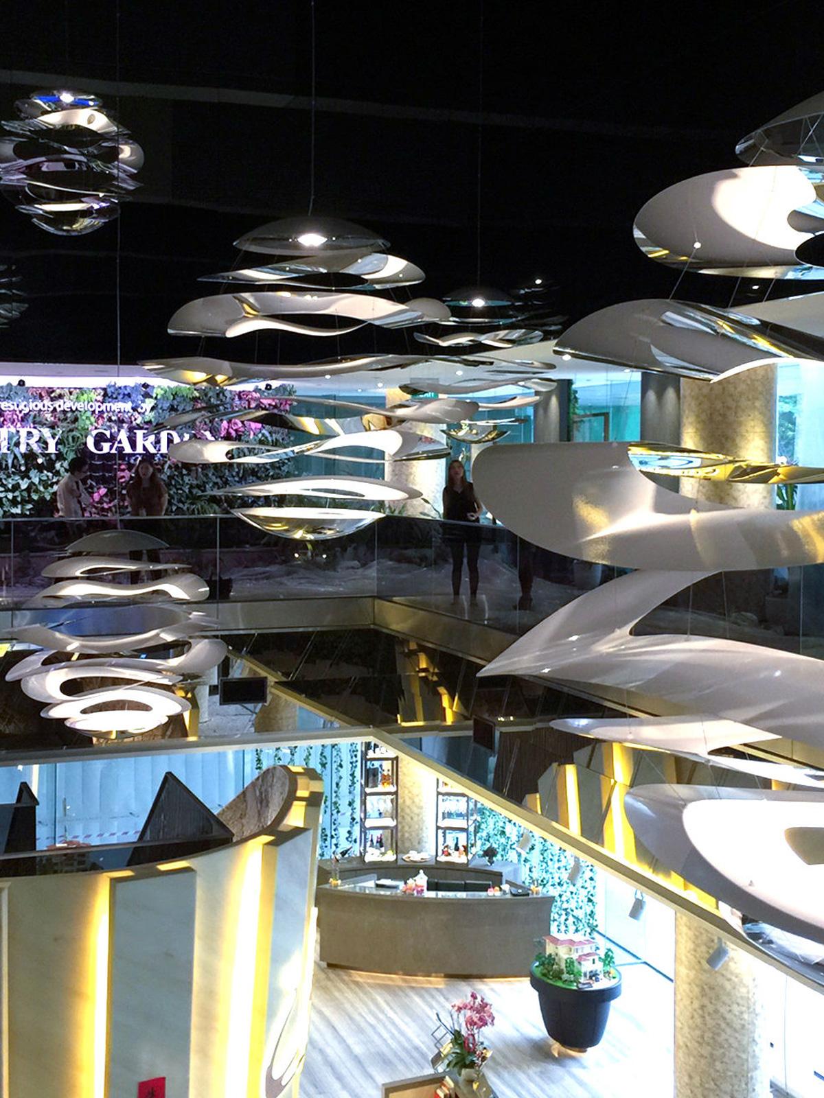 DesignOrt Blog: Lampen & Leuchten für die Gastronomie von Innermost grosse Pendel Lampe Buckle