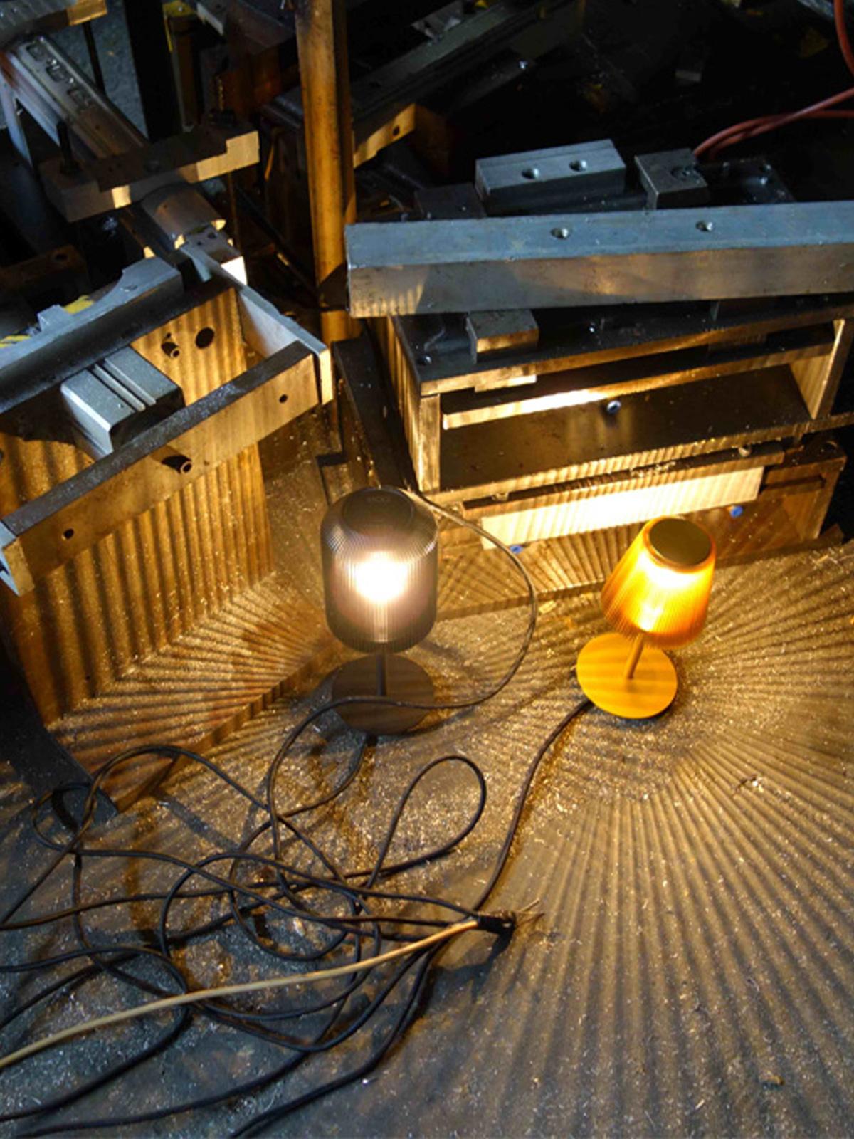 DesignOrt Blog: Schattenspiele Bramah und Joseph Lampen eoq aus Aluminium