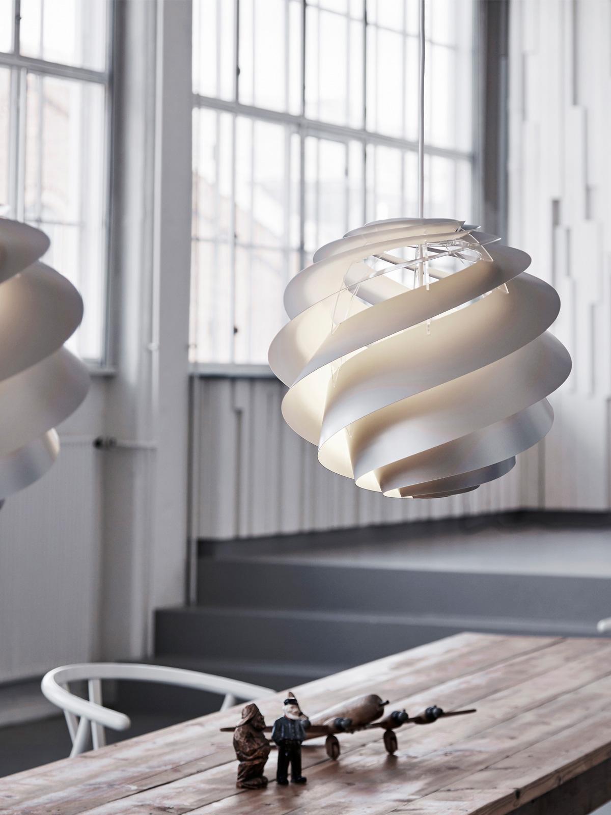 Le Klint Swirl Leuchte handgefalteter Lampenschirm #lampe #skandinavisch #wohnen