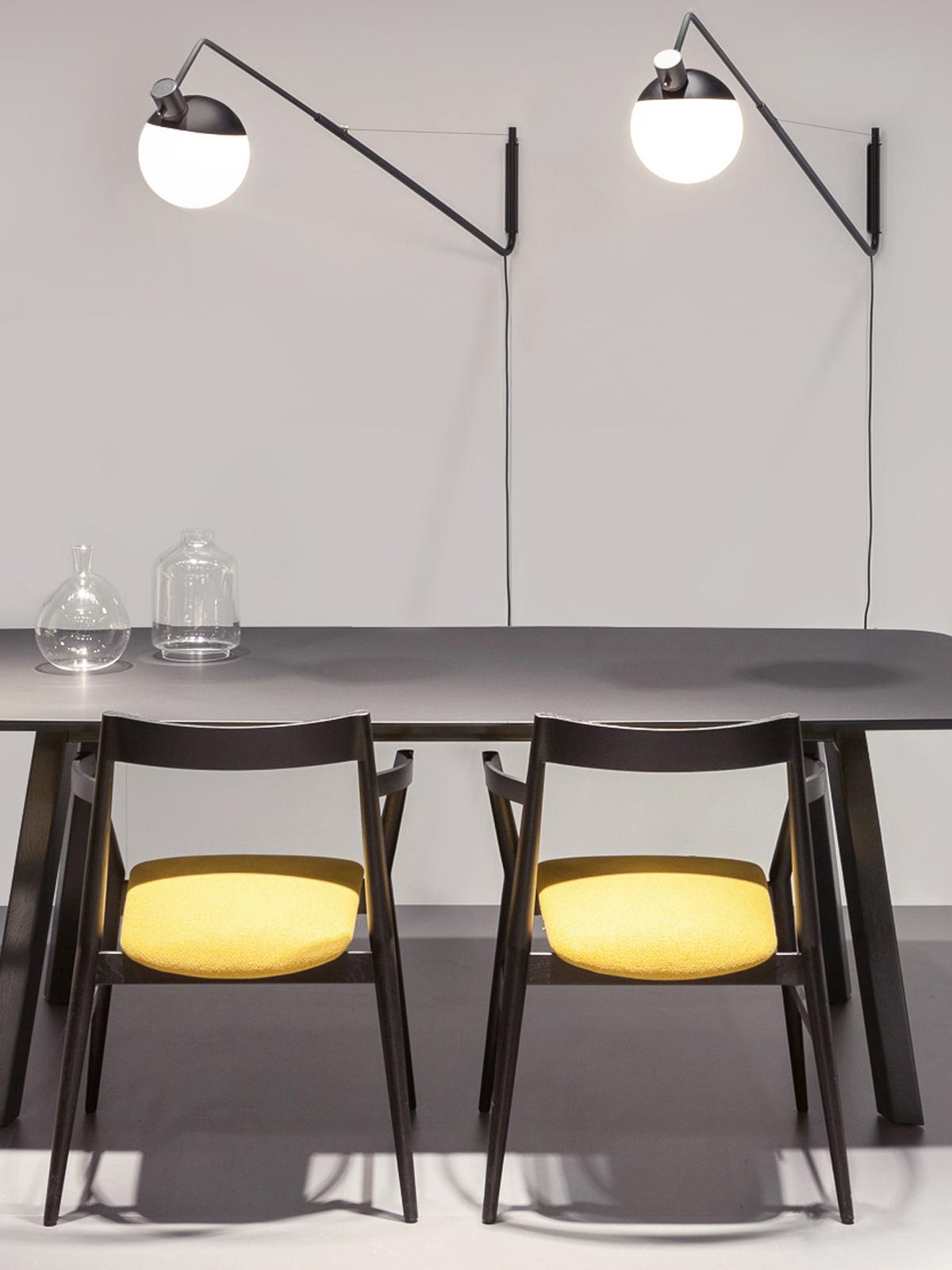 DesignOrt Blog: Designerleuchten in Schwarz-Weiß Wandleuchte Baluna Wall von Grupa Products