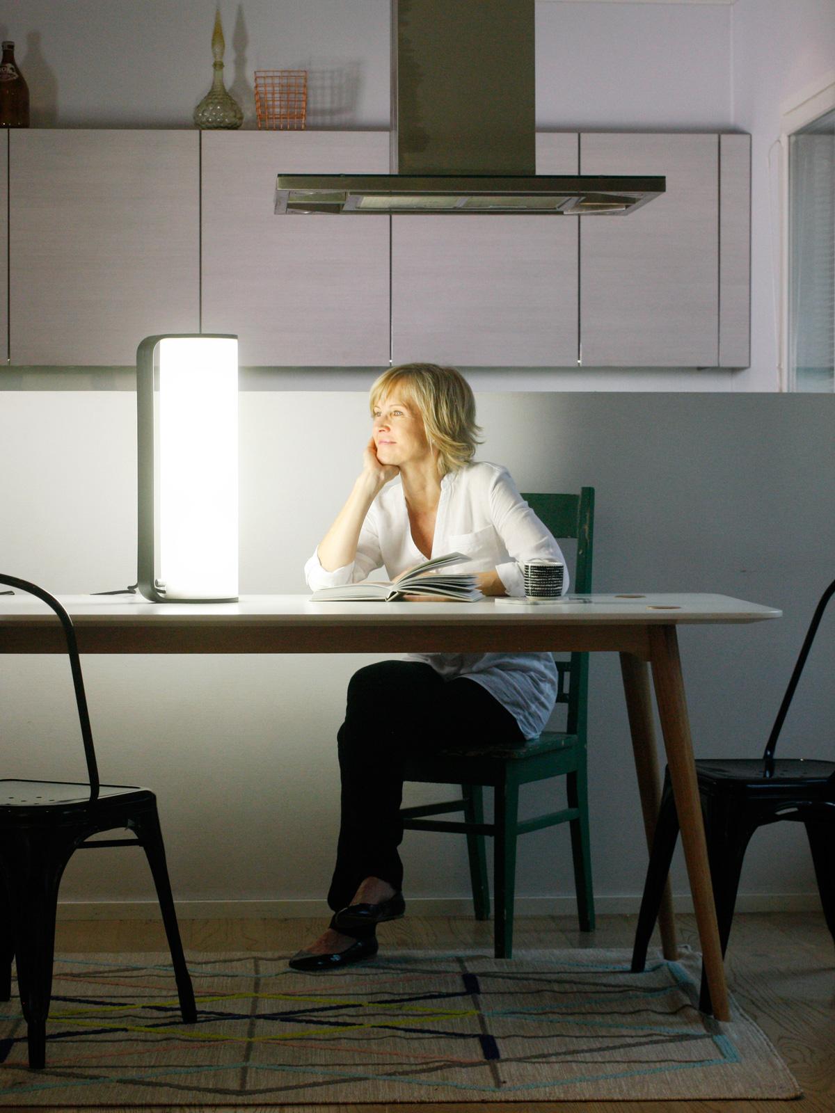 DesignOrt Blog Leuchten für Lichttherapie Innolux Kubo Tischlampe