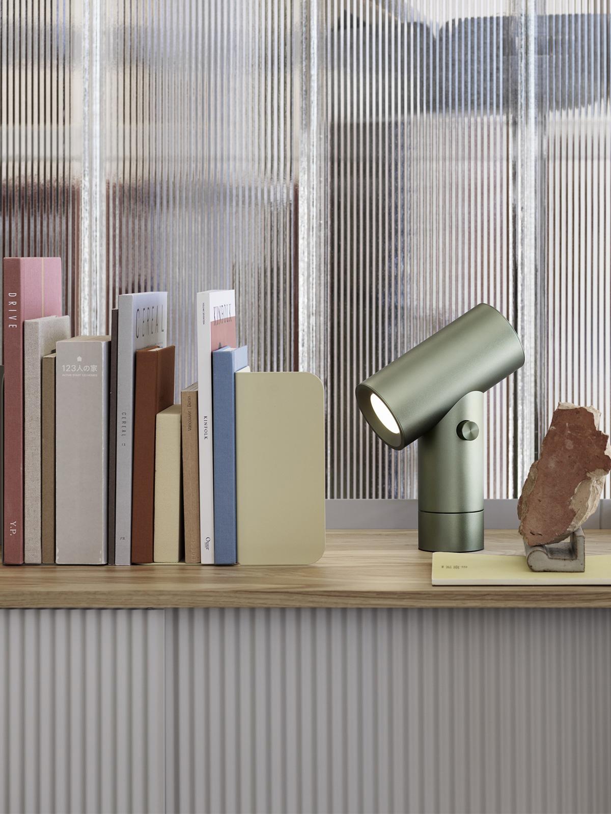 DesignOrt Blog: Neuigkeiten Muuto LED Beam Lamp Uplight Downlight