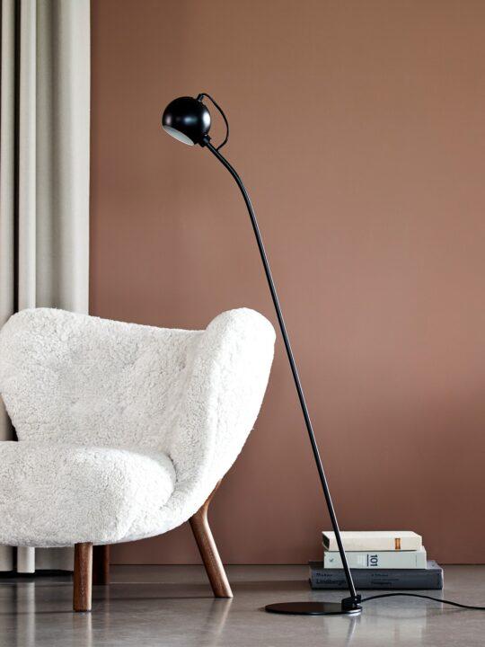 Frandsen Stehlampe Ball Floor Schwarz DesignOrt Onlineshop Leuchten