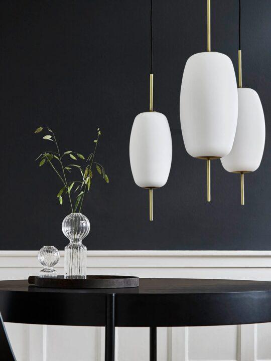 Pendelleuchte Silk aus Opalglas von Frandsen