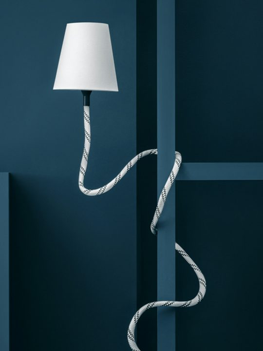 Design aus Berlin Climbing Lamp von Son of Nils