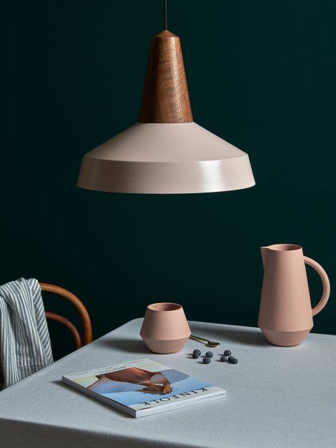 Eikon-Shell-Wheat-Schneid-Lampe-Designort-Berlin