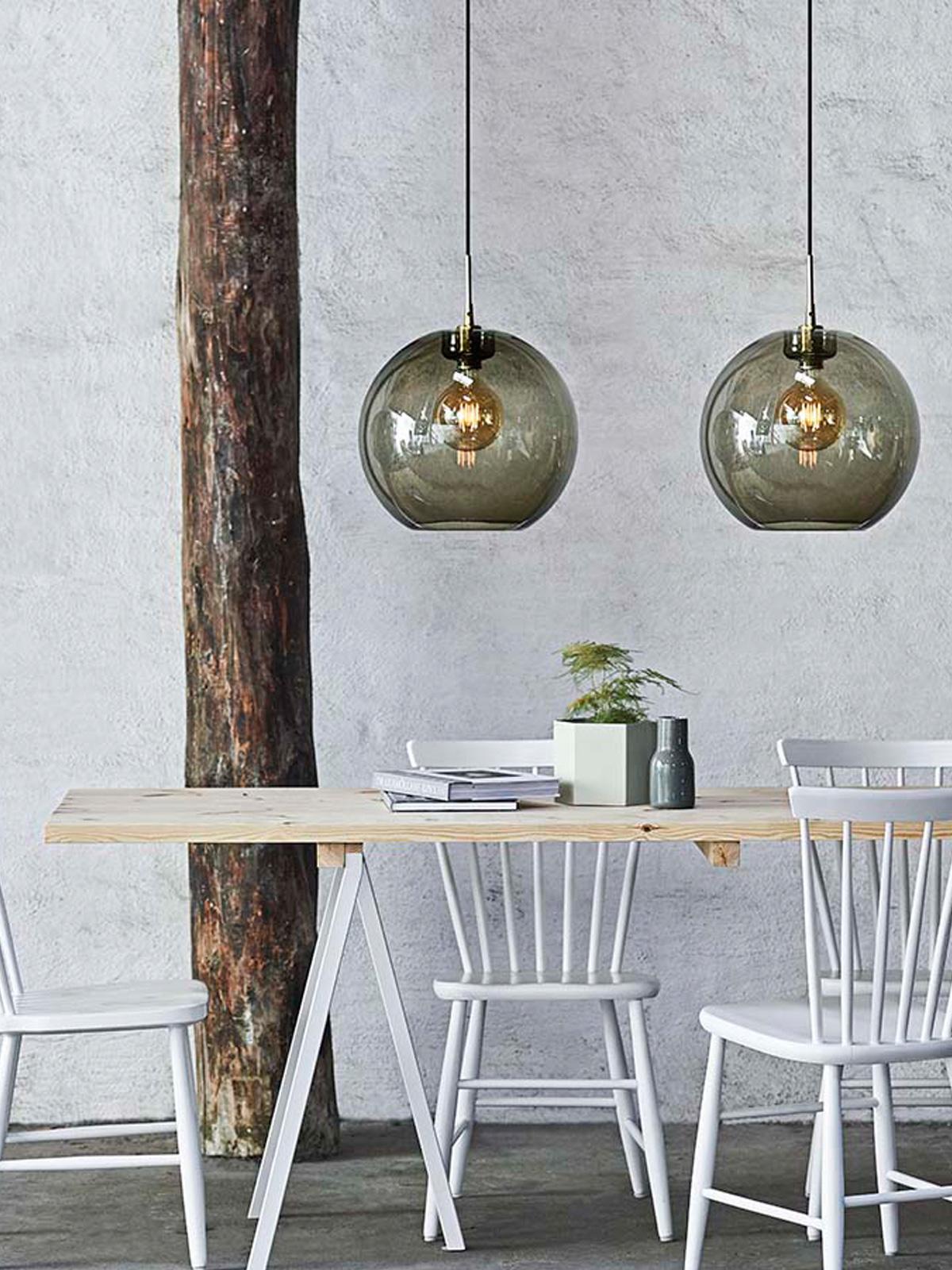 DesignOrt Blog: Trend rauchiges Glas Gloria Pendelleuchte von Belid DK