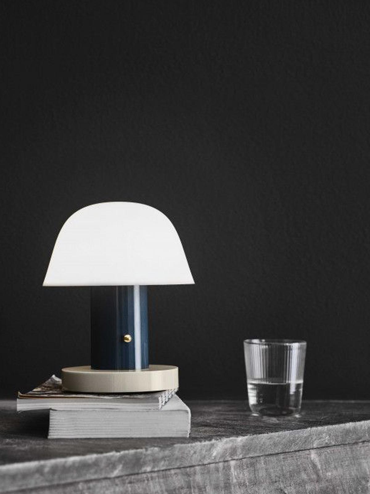 DesignOrt Blog: Designerleuchten aus Dänemark Setago Twilight & Sand tragbare Lampe &tradition