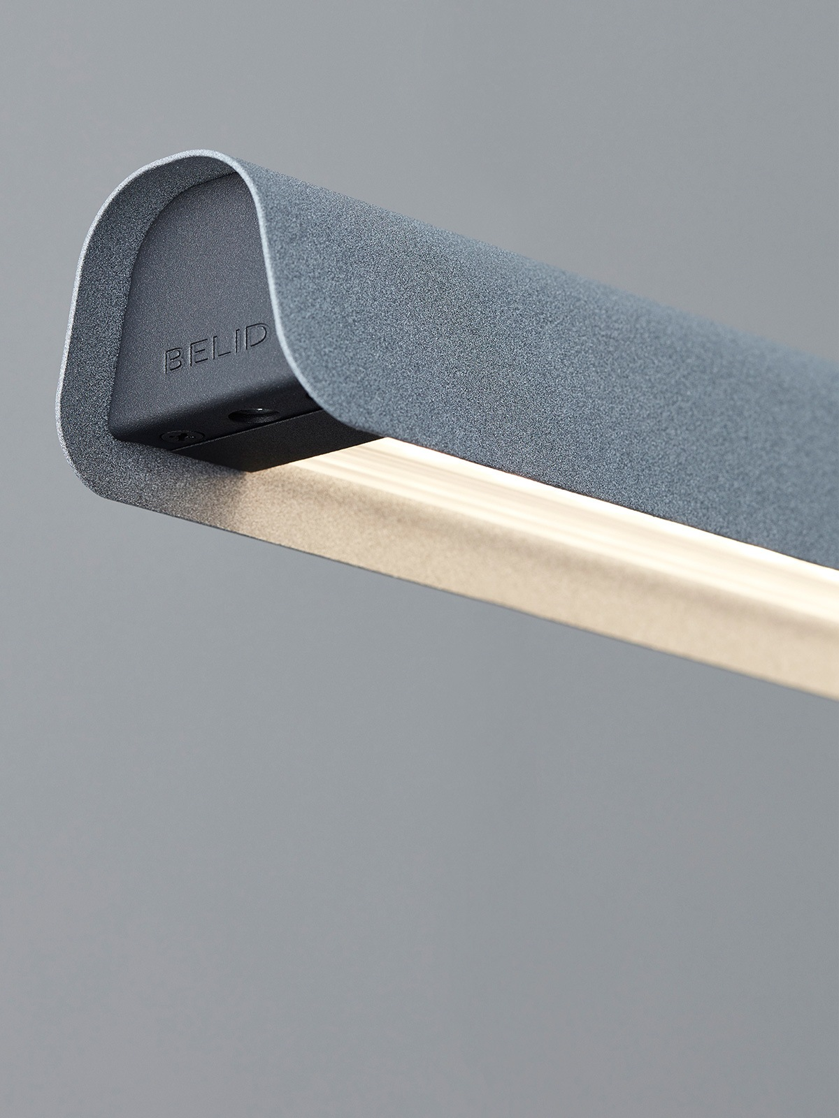 Fold Linear Close Up Belid Designort