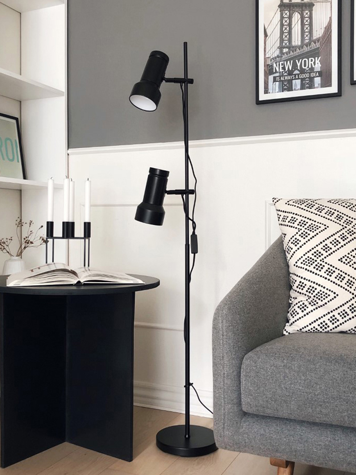 DesignOrt Blog: Industrielampen & Leuchten Stehleuchte Klassik mit zwei Armen von Benny Frandsen