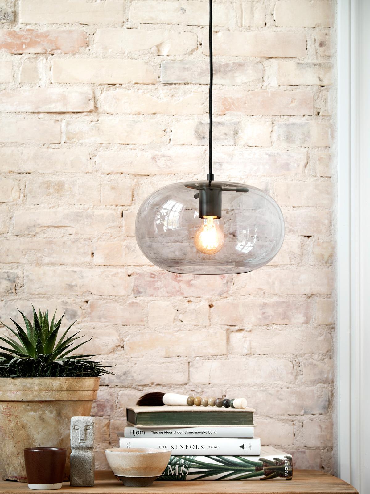 DesignOrt Blog: Trend: Leuchten aus Rauchglas Frandsen Kobe New