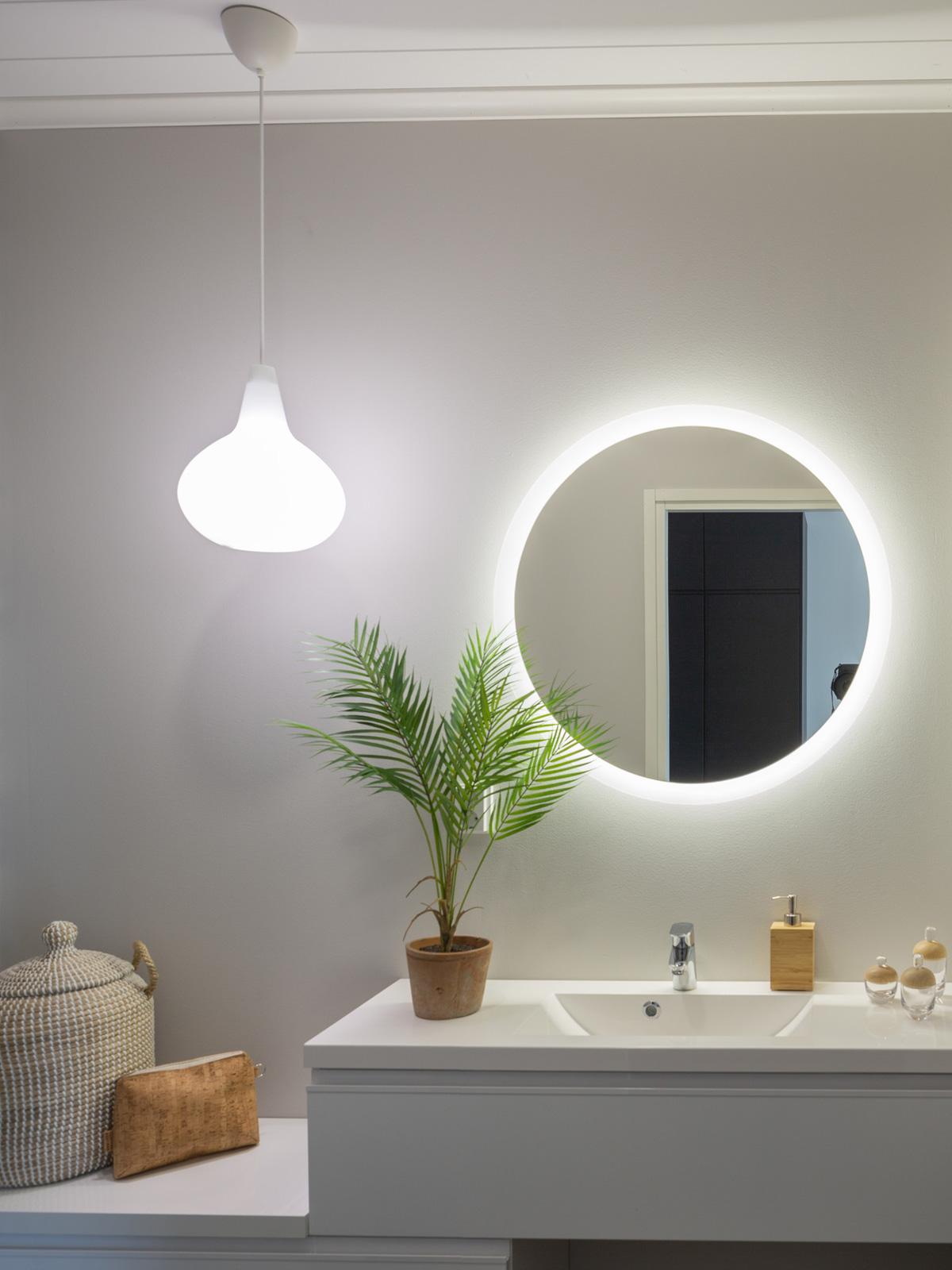 Innolux Orno Bulbo Pendelleuchte weißes Glas DesignOrt Onlineshop Berlin Lampen