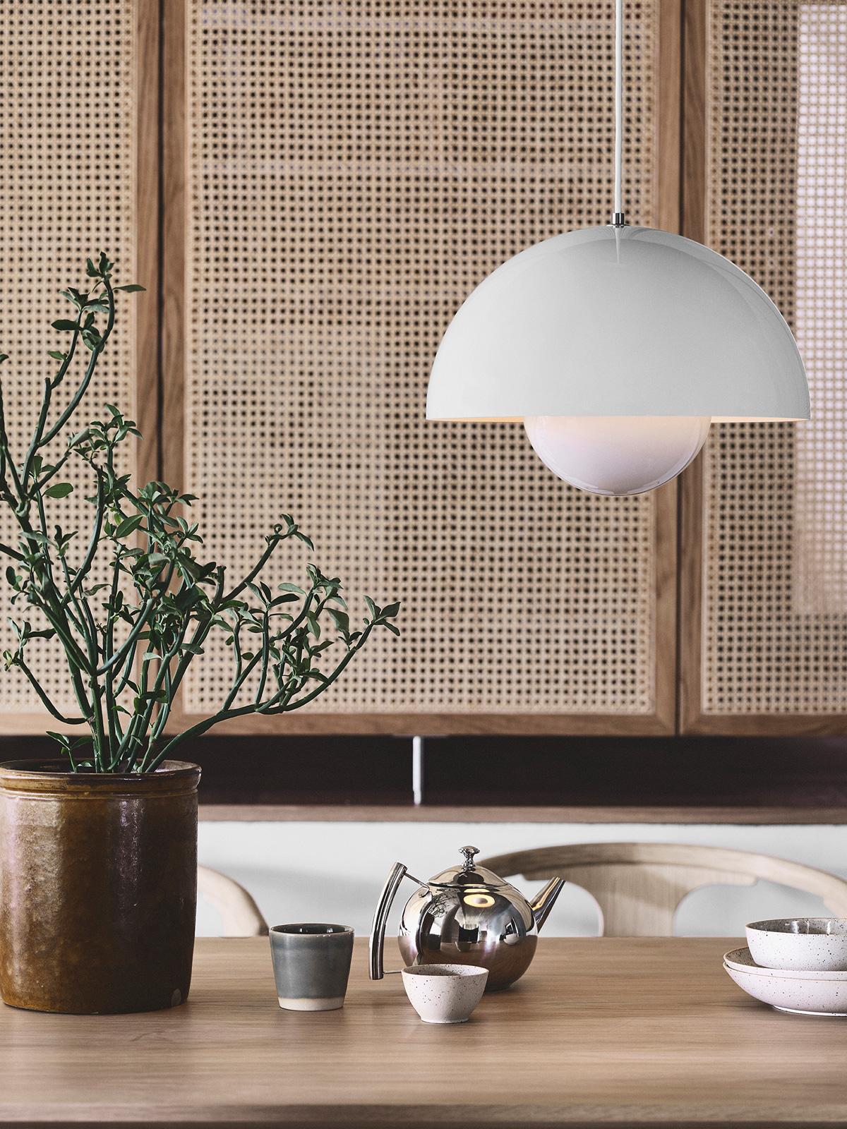 DesignOrt Blog: Bell - glockenförmige Designerleuchten &tradition Flowerpot Leuchte