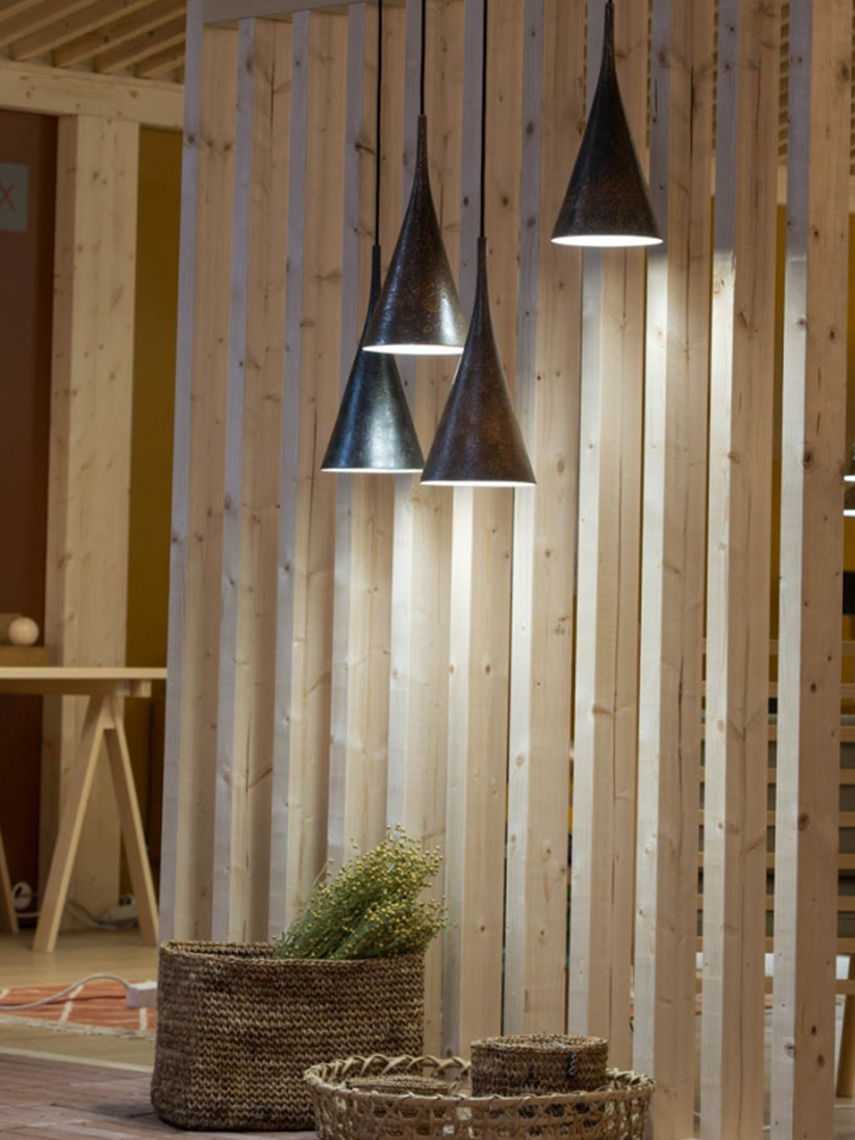 Lambada Leuchte aus Keramik für gerichtetes Licht Innolux skandinavisch Design Designerleuchte Lampe