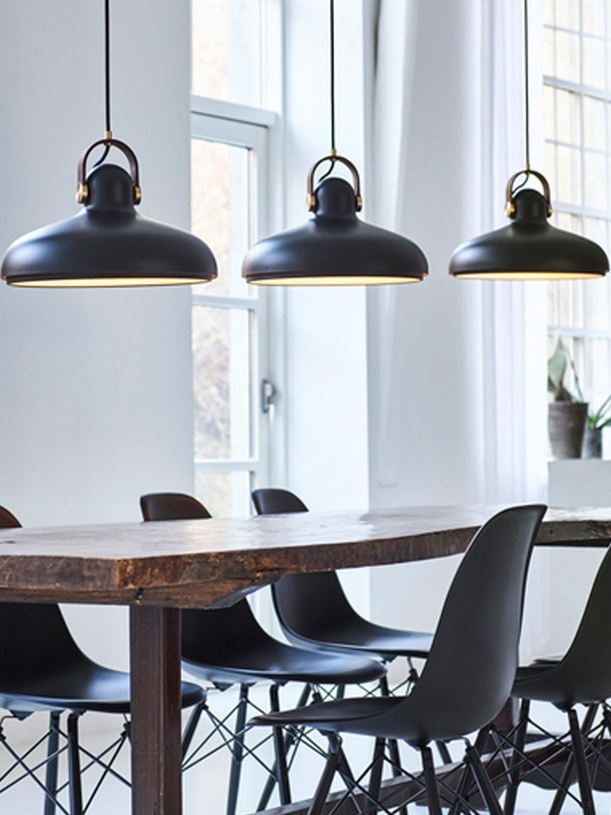 Carronade Large Pendeleluchten Le Klint Dänemark Design DesignOrt Berlin Lampen Leuchten