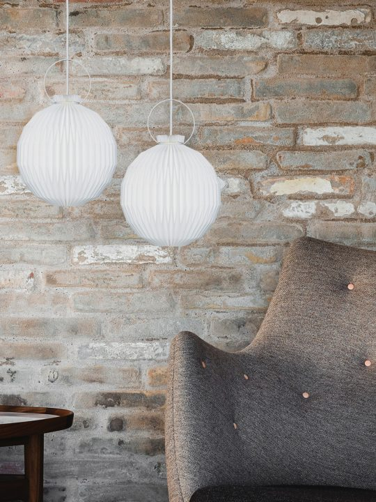Le Klint Designerleuchte in Papier oder Folie DesignOrt Onlineshop Leuchten Lampen Berlin
