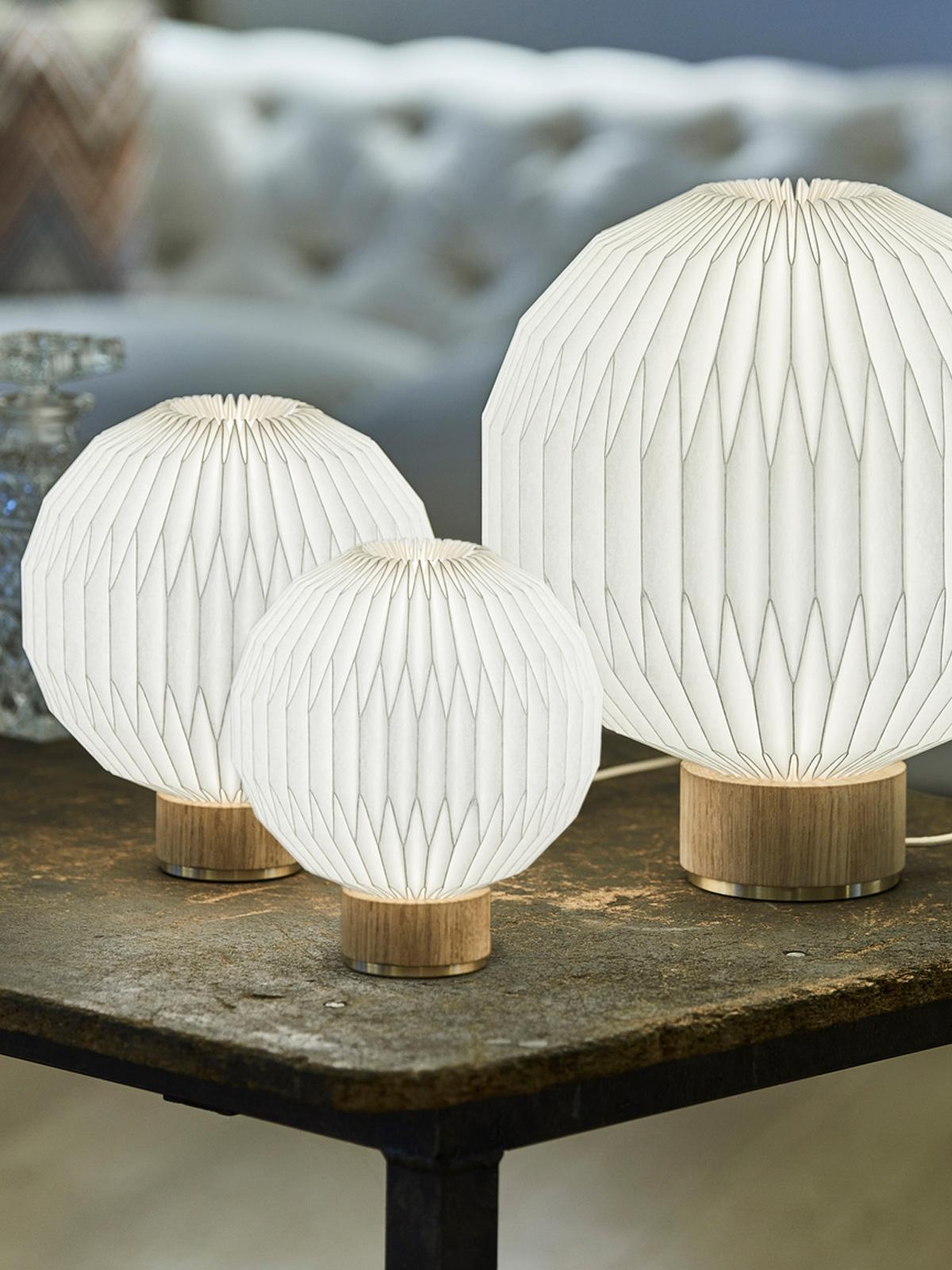 DesignOrt Blog: Le Klint 375 handgefaltete Tischlampe DesignOrt Onlineshop