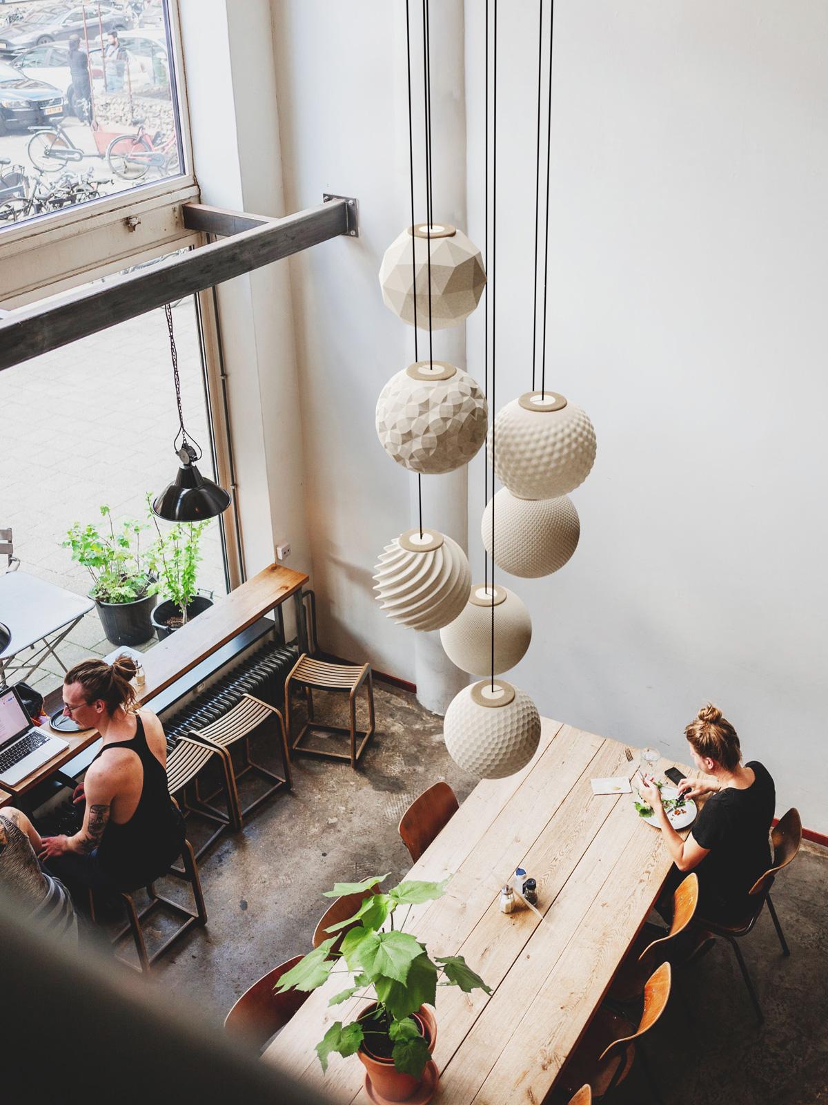 Polyluma Random Pendelleuchte nachhaltig Design Berlin DesignOrt Onlineshop Lampenladen