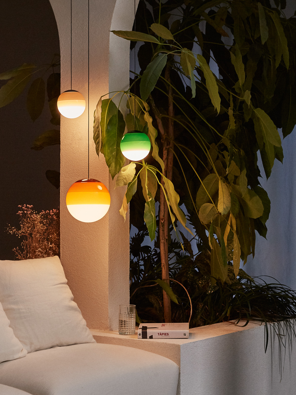 Dipping Light Marset Glasleuchten rund Ball DesignOrt Blog Lampen Leuchten Onlineshop Berlin