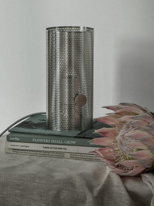 Turn Lamp als Tischleuchte DesignOrt