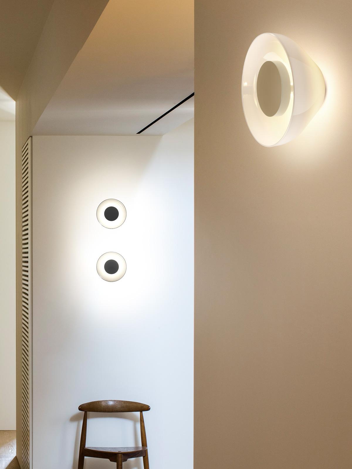 Marset Aura Wandleuchte aus mundgeblasenem Glas DesignOrt Onlineshop Lampen Leuchten Berlin