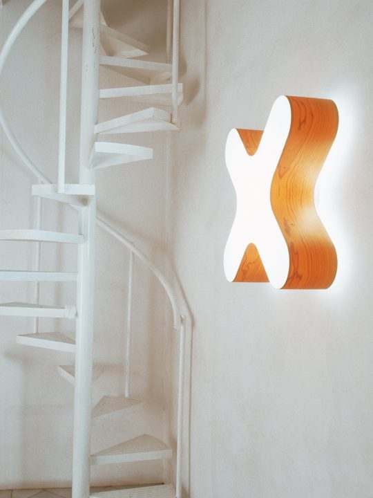 X Club a Wandleuchte Designort LZF Leuchten
