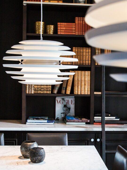 Belid Ellipse Pendelleuchte für Tische Designort Lampen Berlin