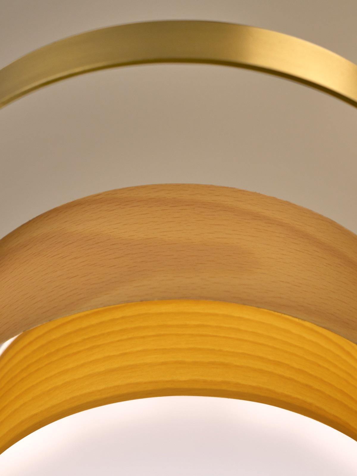 LZF Loop Close Up Detail DesignOrt Lampen Berlin
