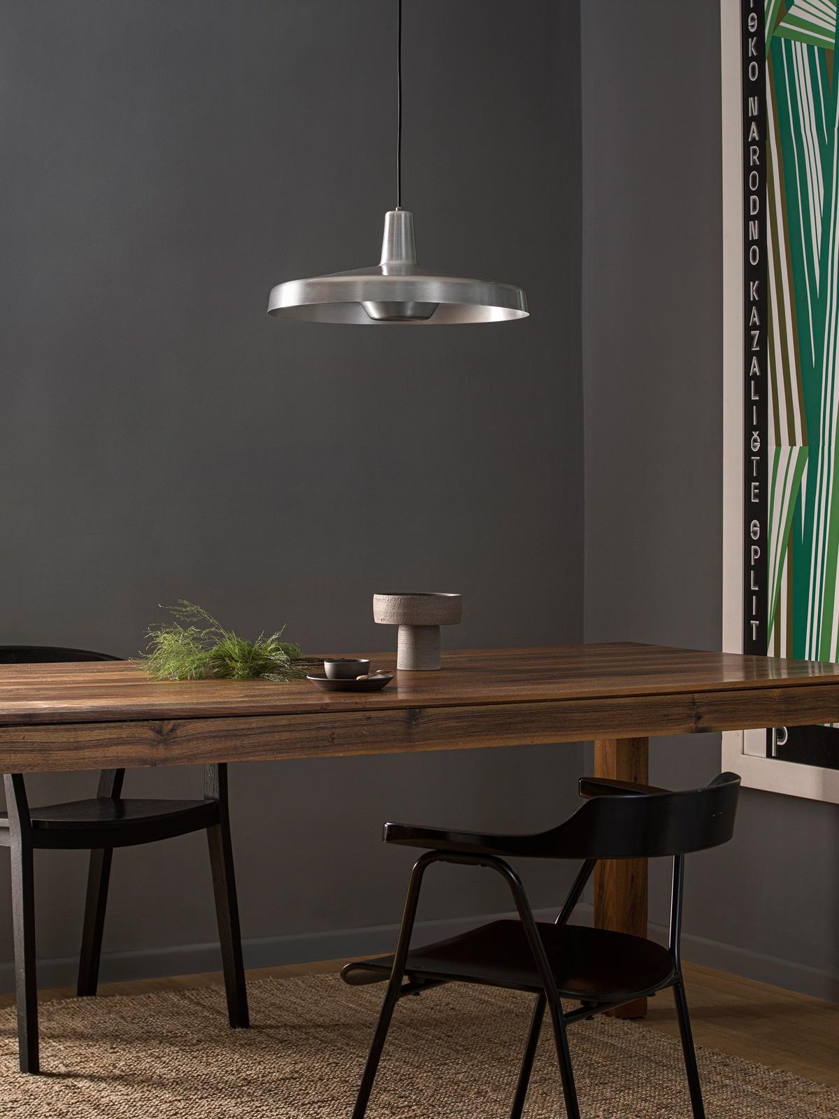 DesignOrt Blog: Große Pendelleuchte in Silber Grupa Products