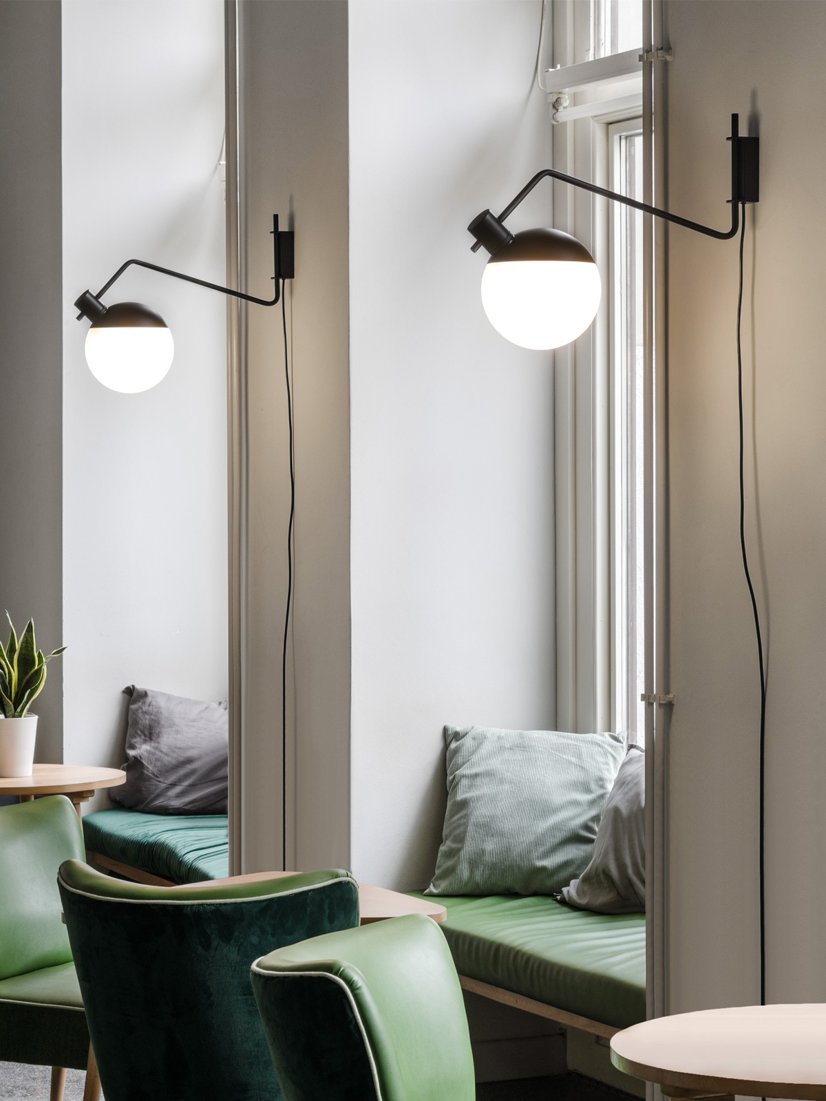 Grupa Baluna Wall Medium Lampe Berlin DesignOrt Onlineshop