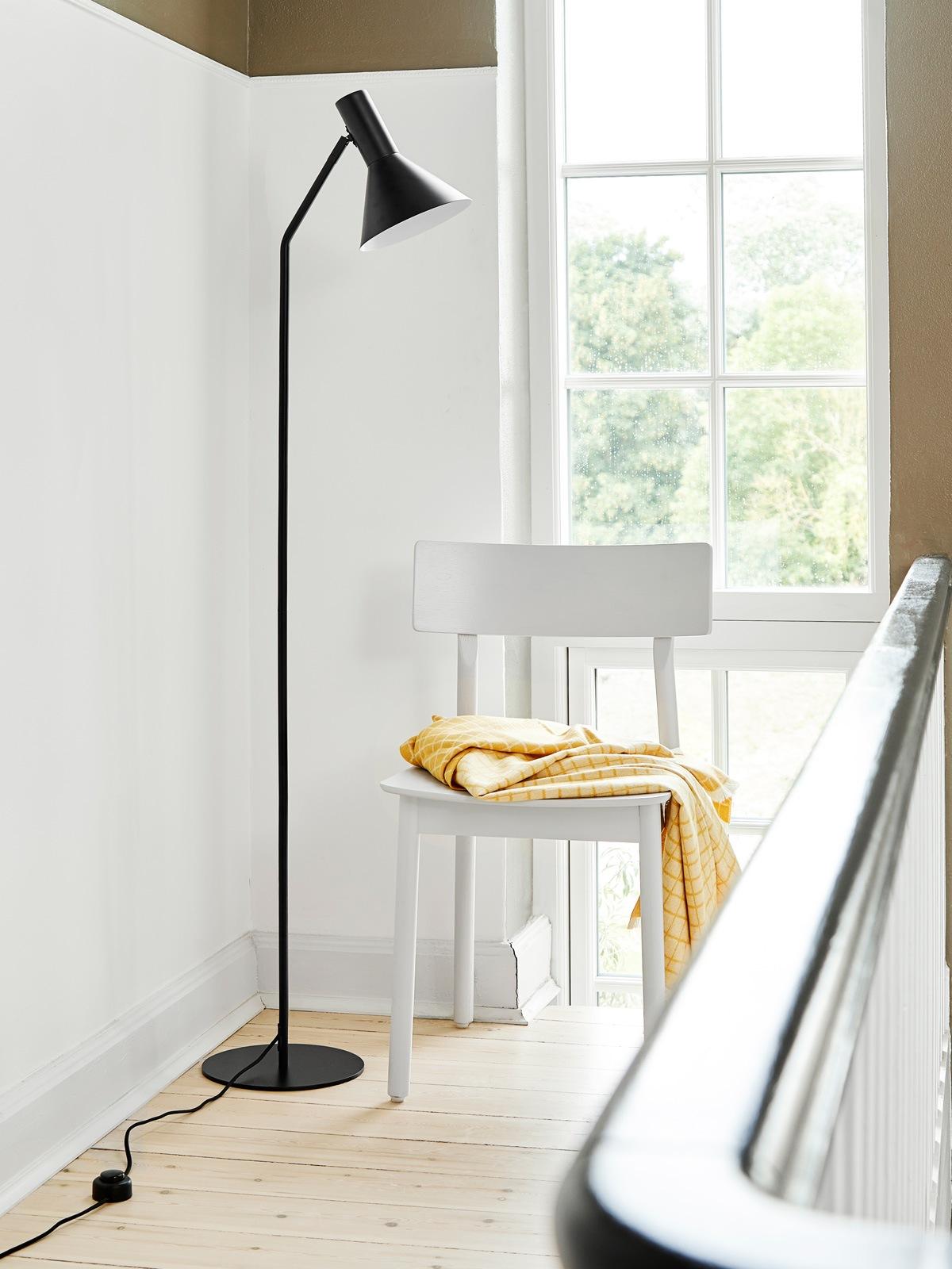 Lyss Floor Black Frandsen DesignOrt Berlin Lampen Onlineshop