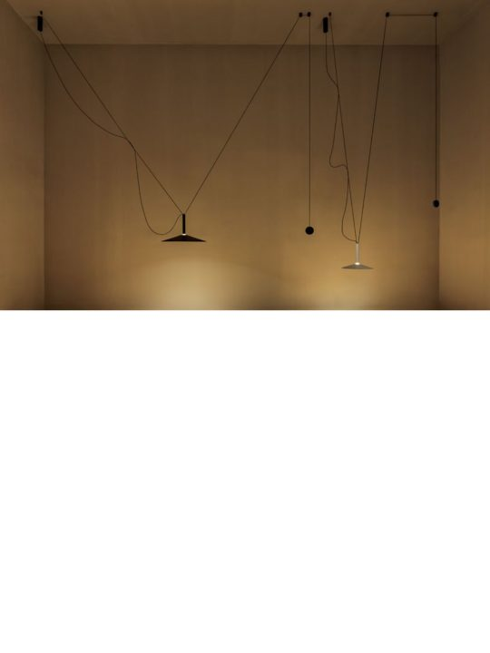 Marset Milana Counterweight Leuchte DesignOrt Berlin Lampen Onlineshop