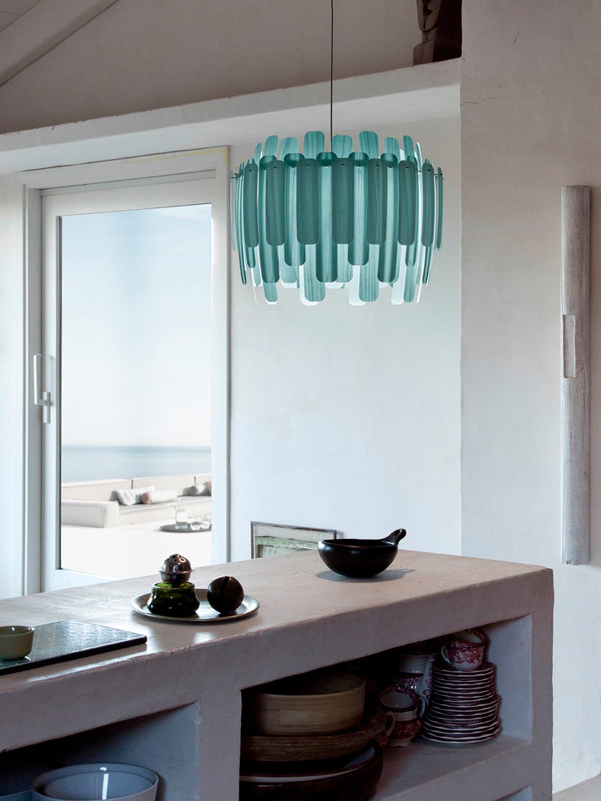 DesignOrt Blog: Trend: Farbige Leuchten Maruja Holzleuchte LZF Lamps Pendelleuchte DesignOrt Berlin Lampen Onlineshop